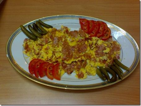 ژامبون گوشت با تخم مرغ